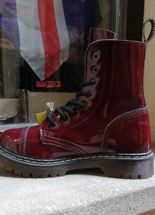 Ботинки берцы стилы steel сапоги лаковые