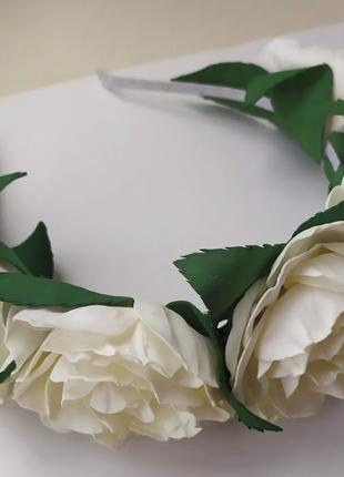 Ободок, обруч с белыми розами из фоамирана