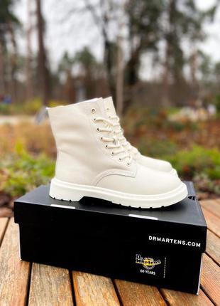 Женские кожаные зимние ботинки на меху dr.martens 1460 white c...