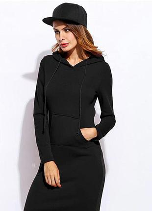 Черное спортивное платье из теплой трехнитки с начесом из флиса