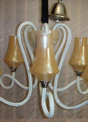Люстра подвесная белое стекло, керамика в классическом стиле