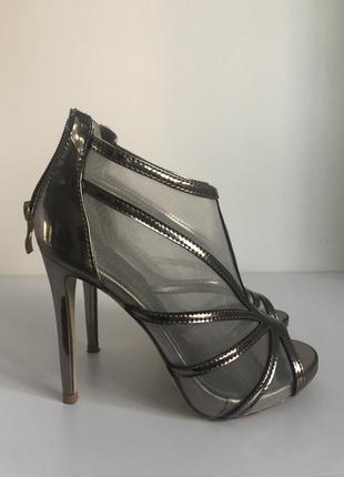 Полуботинки туфли с открытым носком