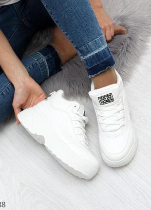 Белые женские кроссовки на платформе в стиле fila, білі кросів...