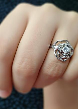 Серебряное кольцо роза с камнем 925
