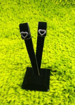 Серебряные серьги гвоздики пусеты сердца 925