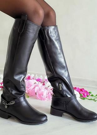 Натуральные кожаные сапоги ботфорты черные