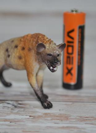 Фирменная фигурка игрушка животное гиена