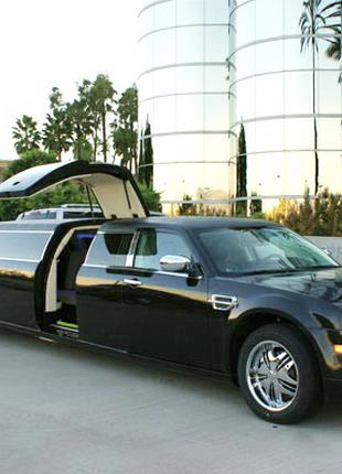 006 Лимузин на прокат Chrysler 300C Rolls-Royсe Phantom черный