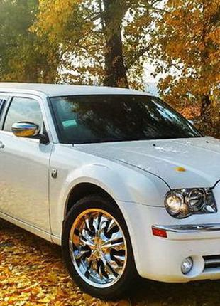 015 Лимузин Chrysler 300C Limo белый прокат