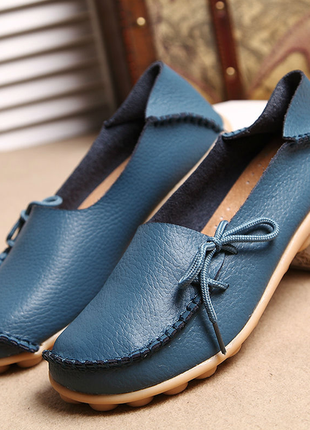 Кожаные туфли мокасины красные, синие натуральная кожа
