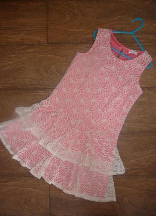 Стильное кружевное платье 9-10 лет
