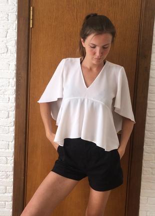 Белая кроп / укороченая блуза рубашка с воланами zara