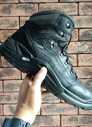 Оригінальні демосезонні кросівки черевики lowa renegade gtx