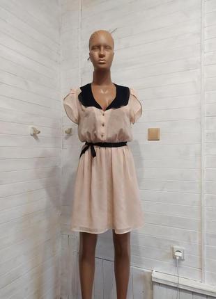 Красивое коктейльное  легкое платье forever 21