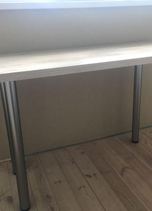 Стол кухонный для кухни , деревянный , для столовой.