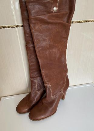 Высокие кожаные сапоги bally