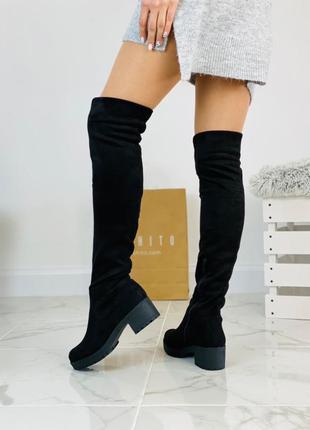 Женские ботфорты на низком каблуке