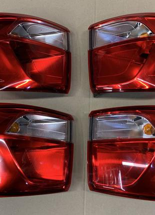 Ford Ecosport CN1513405BC  CN1513404BB фонарь фонарі стоп в на...