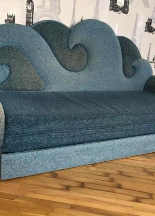 Продаю диван! Можливий торг!