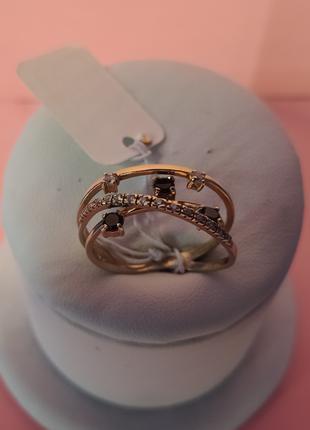 Золотое кольцо с камнями ( 585*(UKR). вес 3,75гр. размер 18,5 )