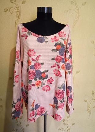Модная кофточка в цветы с люрексом размер 18-20