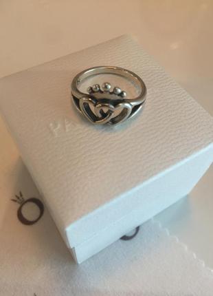 Кольцо сердца с короной пандора серебро проба 925