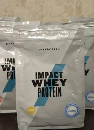 Протеин MyProtein Impact Whey Protein 1 kg банан
