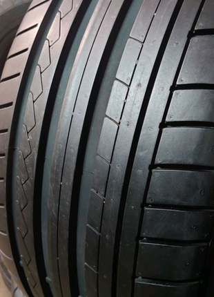 Комплект 235/40 r18  Dunlop SP Sport Maxx GT