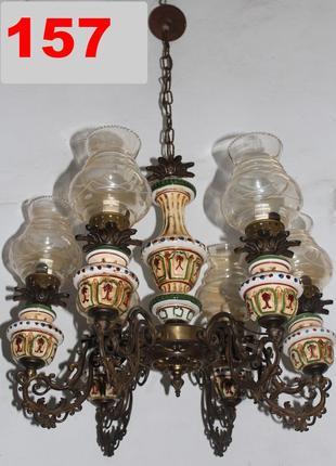 №157 Люстра бронзова, фарфорові вставки, скляні плафони, 6 промен