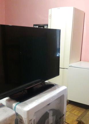 """Телевизор LED """" Philips """""""
