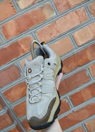 Merrell оригинал!! женские трекинговые ботинки  замшевые кросс...