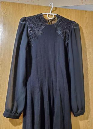 Платье oasis трикотажное с кружевом новогоднее