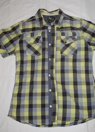 Зеленая рубашка в клеточку с коротким рукавом