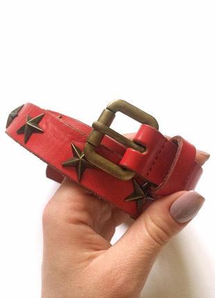 Красный кожаный ремень со звездами, из кожи пояс