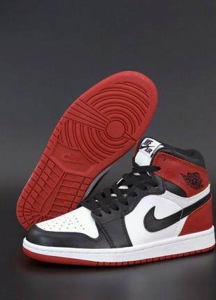NIKE Air Jordan RETRO наложка