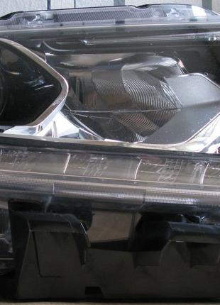 Nissan Rogue Фара 26010-4BA5A