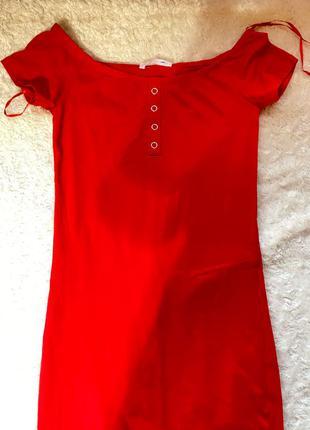Плаття червоне розмір s