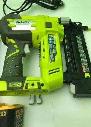 Степлер,гвоздезабивной пистолет, молоток Ryobi Р320