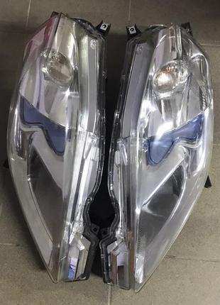 Фара передняя левая правая LED Америка Nissan Leaf
