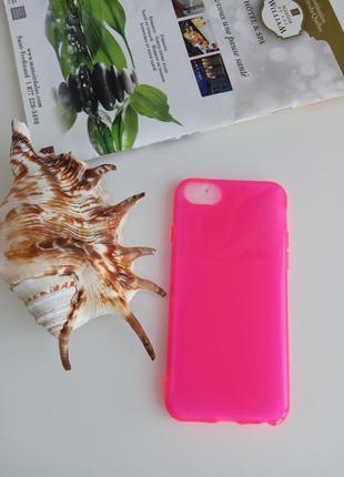 Чехол на телефон iPhone 8
