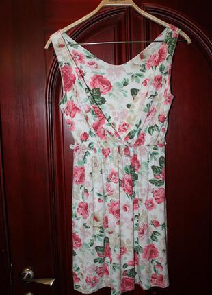 Трикотажное платье наш 46 размер из италии