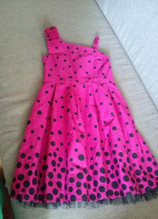 Нарядное платье девочке 7-8 лет