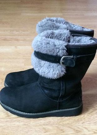 Зимние ботинки ugg оригинал 34 размера в отличном состоянии