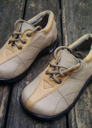 Детские кроссовки натуральная кожа