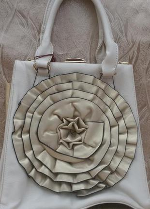 Женская новая сумка farfalla rosso в наличие.