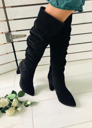 Женские сапоги на каблуке натуральная замша черные