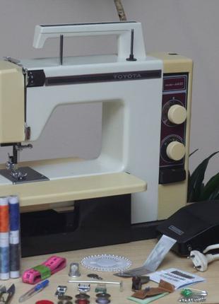 Швейная машина Toyota 4400 Япония - Гарантия 6мес