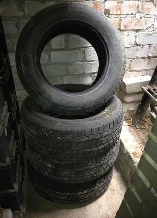 Шины б/у зимние Michelin 215 / 65 / R 16; 5 мм (4 шт.)