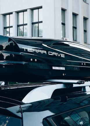 Вантажні бокси кофри багажники Thule Terra Drive 320 420 440 4...