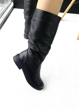 Классические зимние сапоги кожаные